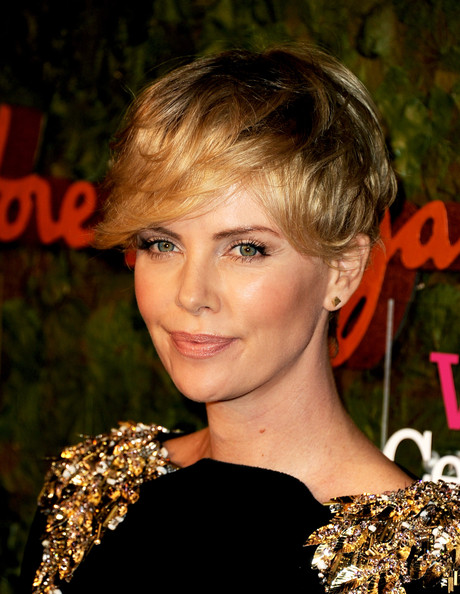 Charlize+Theron+Wallis+Annenberg+Center+Performing+y1sjKcuS7kyl