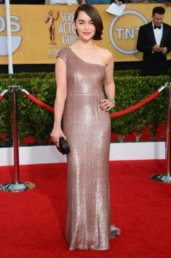 Emilia Clarke 20th+Annual+Screen+Actors+Guild+Awards+Arrivals+SjehCJ2t5q9l
