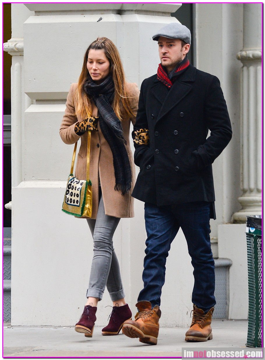 Justin Timberlake & Jessica Biel's Arm-In-Arm Big Apple Stroll