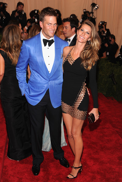 Gisele+Bundchen+Red+Carpet+Arrivals+Met+Gala+guO3In7TkOSl