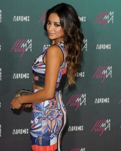 Shay+Mitchell+MuchMusic+Video+Awards+2013+A3EKqWh_Kl1x