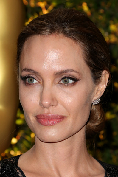 Angelina+Jolie+Arrivals+Governors+Awards+Hollywood+xVM3n2tqVoIl