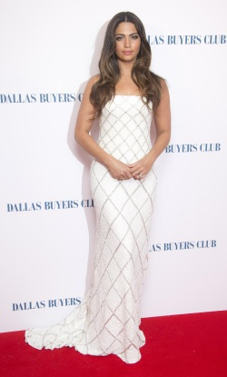 Camila Alves - Dallas Buyers Club UK Premiere - 001