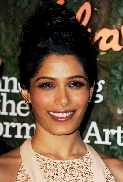 Freida+Pinto+Wallis+Annenberg+Center+Performing+ORVuSkgDBRHl