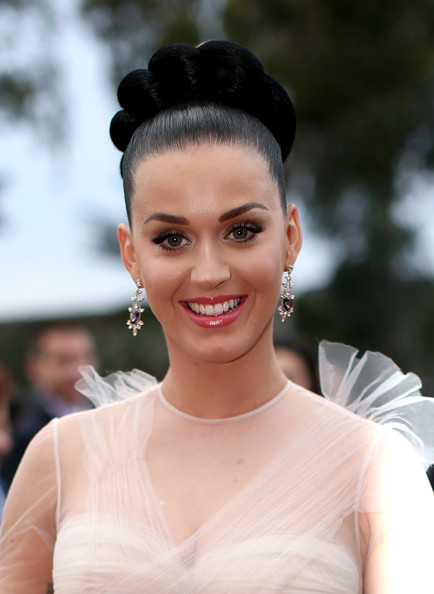 Katy+Perry+Arrivals+Grammy+Awards+Part+2+52IivX_ZYYrl