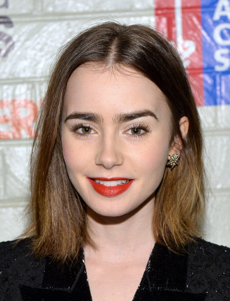 Lily+Collins+Stars+Hollywood+Stands+Up+Cancer+L1W-11U89dol