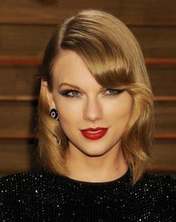 Taylor Swift_02.03.14_DFSDAW_003