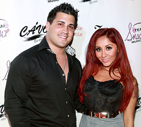 1396614060_snooki-gionni-article