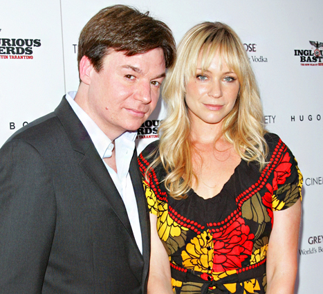 1397241296_89845307_mike-myers-kelly-tisdale-467