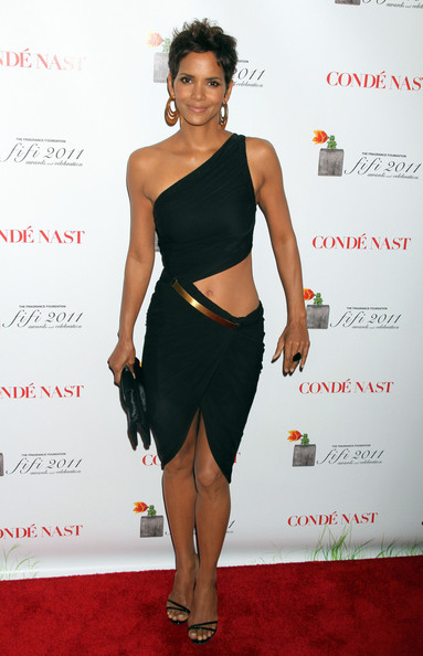 Halle+Berry+Clutches+Satin+Clutch+8AXD5nycks_l