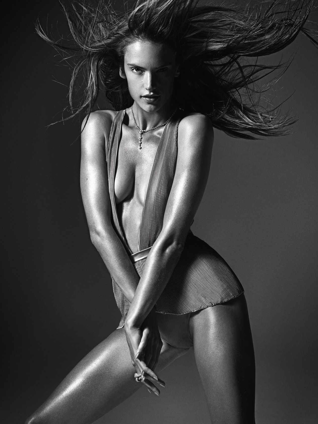 alessandra-ambrosio-w-magazine-march-2014-by-mario-sorrenti-_1