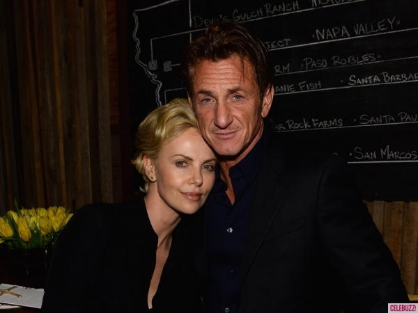 charlize-theron-sean-penn-02282014-01-600x450