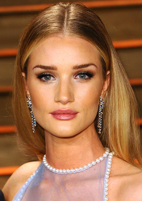 rosie-huntington-whiteley-makeup-2014-vanity-fair-party