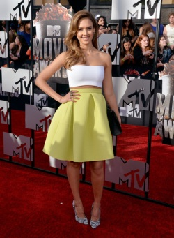 2014+MTV+Movie+Awards+Arrivals+E0-vl2uZKu-l