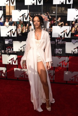 2014+MTV+Movie+Awards+Arrivals+oS7-qCUhO-Ql