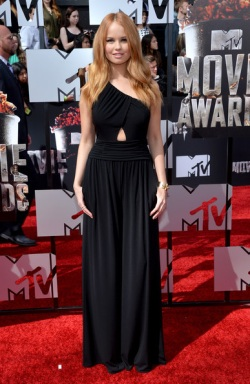 Debby Ryan 2014+MTV+Movie+Awards+Arrivals+vDr7pxnB7kAl