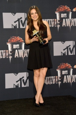 Mila+Kunis+2014+MTV+Movie+Awards+Press+Room+948N90kf2Jxl