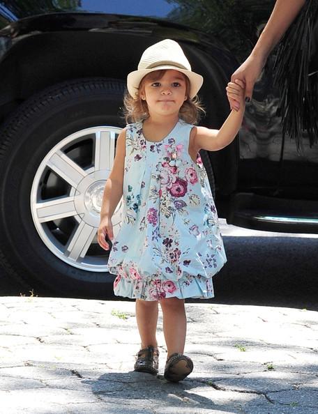 Vida+McConaughey+Camila+Alves+Takes+Kids+Zoo+Y3pAAzoPk7Nl