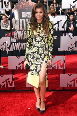 Zendaya Coleman 2014+MTV+Movie+Awards+Arrivals+QFfYEP5QeCwl