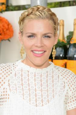 Busy Philipps0001
