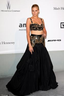 Lara+Stone+Arrivals+Cinema+Against+AIDS+Gala+WlnNvB7zqjyl