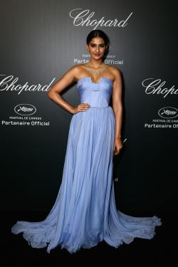 Sonam Kapoor - Chopard Backstage Dinner & Afterparty - 001