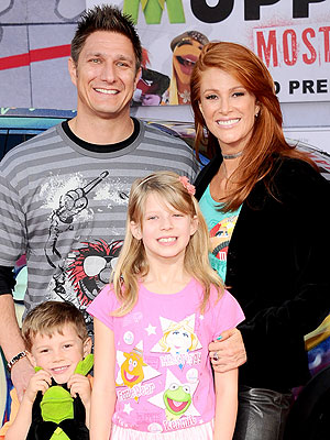 angie-everhart-300