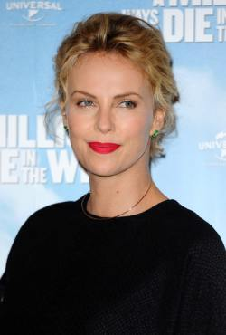 Charlize+Theron+Million+Ways+Die+West+Photo+jIHfK0Va4Rnl