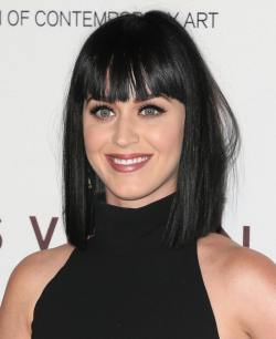 Katy+Perry+Museum+Contemporary+Art+Los+Angeles+_hePbgdcesml