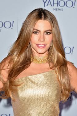 Sofia+Vergara+Yahoo+News+ABCNews+Pre+White+Jt3OvdK4_tYl