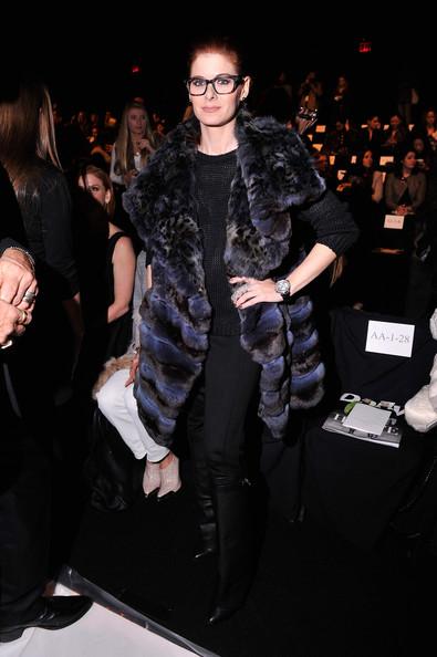 Debra+Messing+Outerwear+Fur+Coat+Ht8kmXbCv0Bl