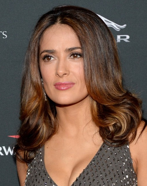 2014-Salma-Hayek-Hairstyles-Shoulder-length-Hair