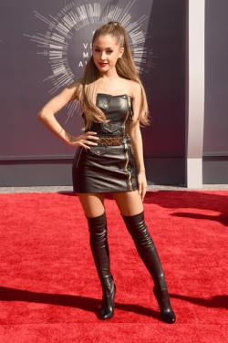 Ariana Grande 2014+MTV+Video+Music+Awards+Arrivals+CDTAIHc2o4Cl