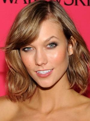 Karlie-Kloss-light-brown-hair-Victorias-Secret-after-party-2013-300x400