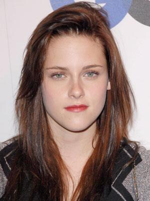 Kristen_Stewart+Dec_05_2007