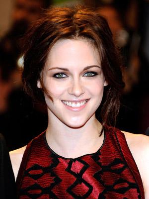 Kristen_Stewart+May_02_2011