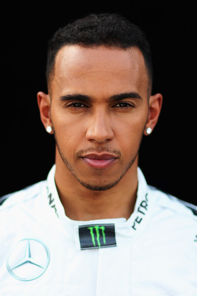 Lewis+Hamilton+F1+Testing+Bahrain+Day+1+doP3-LVIOSEl