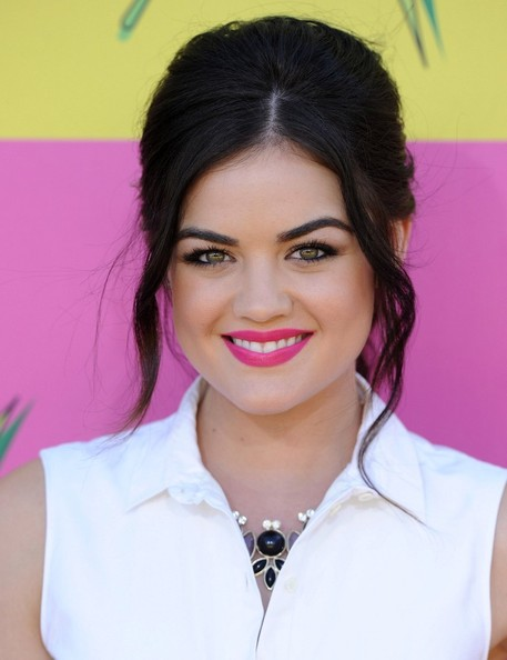 The-Best-Celebrity-Hairstyles-and-Beauty-Looks-at-Nickelodeons-Kids-Choice-Awards-2013-lucy-hale