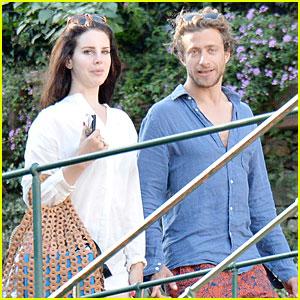 lana-del-rey-steps-out-with-new-boyfriend-francesco-carrozzini