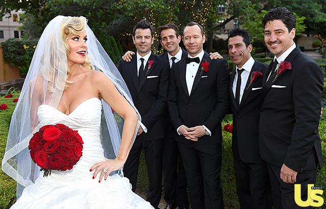 1409856537_donnie-wahlberg-jenny-mccarthy-wedding-14-640