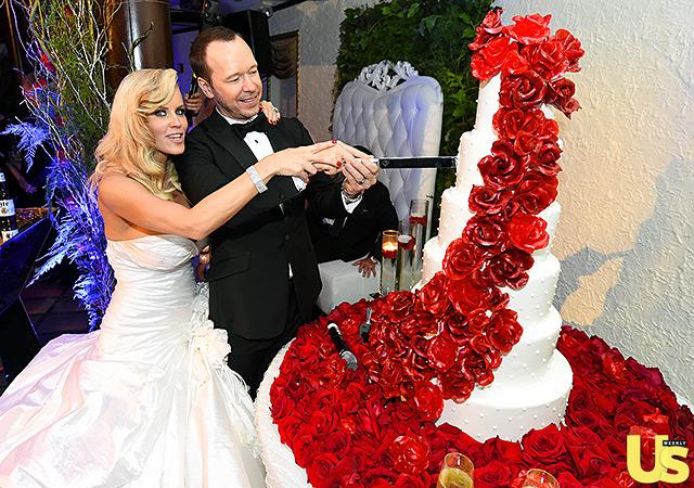 1409856614_donnie-wahlberg-jenny-mccarthy-wedding-17-640