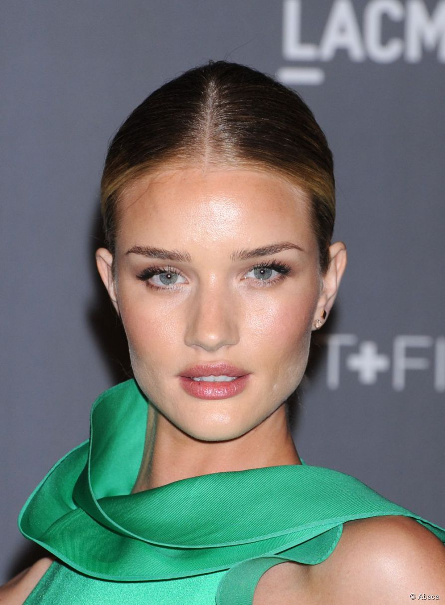 6263-rosie-huntington-whiteley-looked-like-a-893x0-1