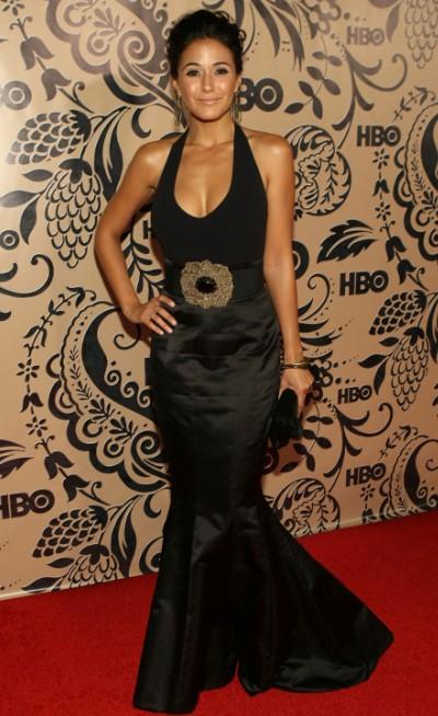 Emmanuelle_Chriqui_at_61st_Primetime_Emmy_Awards_2009_Bluefly_blog_FlyPaper-crop