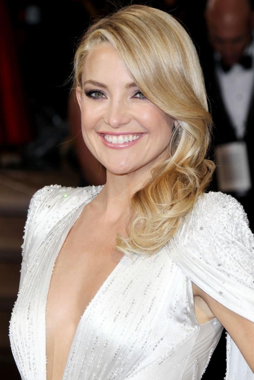 Oscar-2014 -Kate-Hudson--08-720x1075
