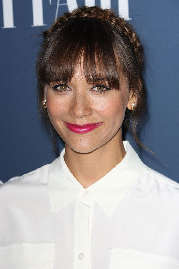 Rashida-Jones-_glamour_17sep14_rex_b_592x888