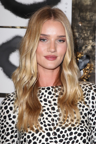 Rosie+Huntington+Whiteley+Long+Hairstyles+DqmvvXnS2m_l
