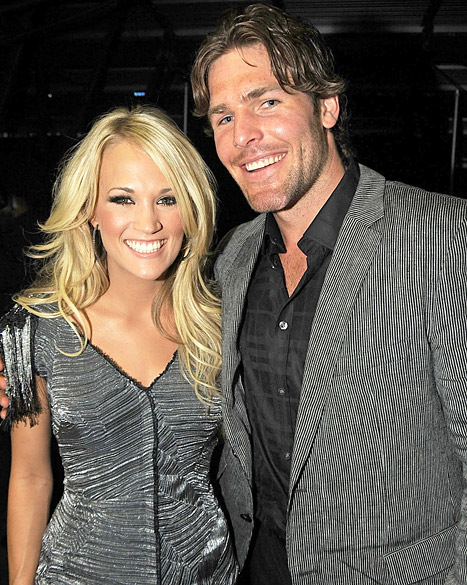 1336683277_carrie-underwood-mike-fisher-467