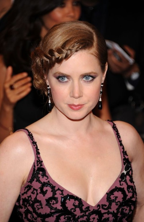 Amy-Adams-Hairstyle-Braided-500x770