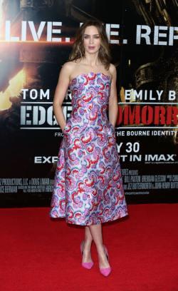 Emily Blunt014