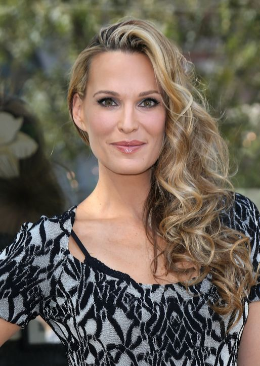 wavy-hairstyle-molly-sims-h724
